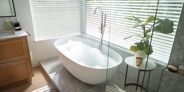 Scegliere lo sgabello da bagno: design o comodità?